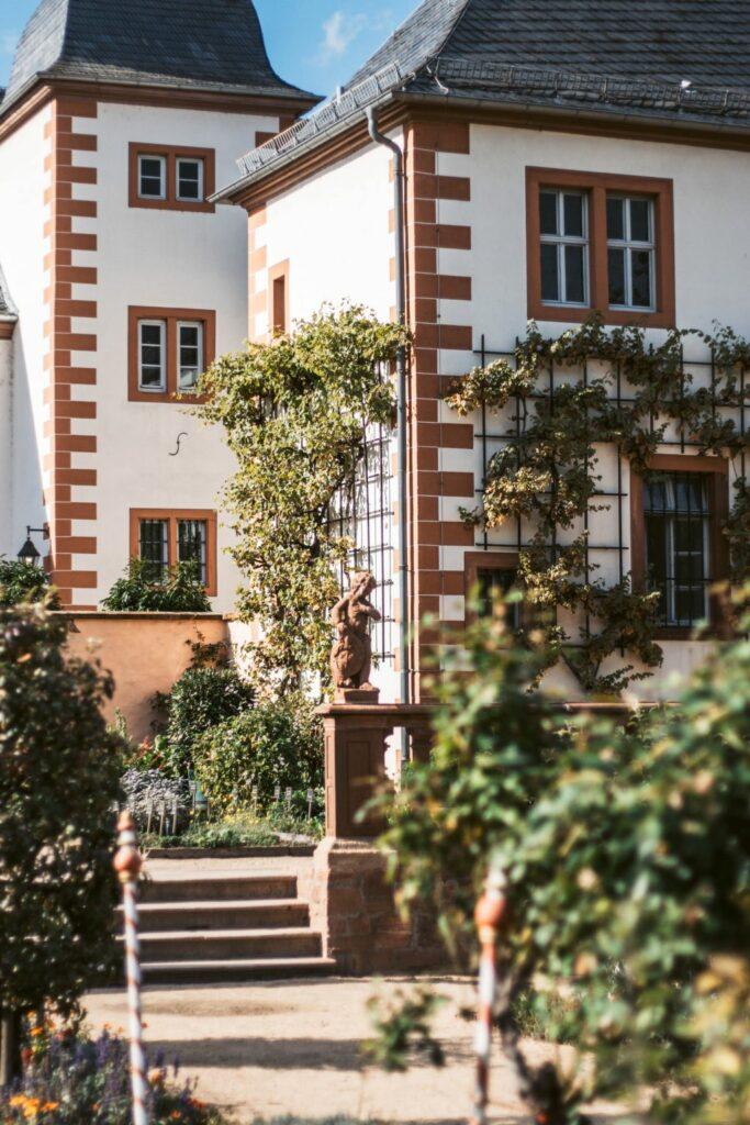 Seligenstadt Klostergarten Spaziergang